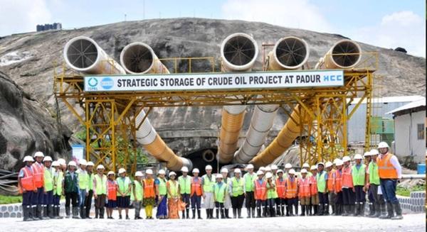 Indija će se pridružiti Kini u pokušaju da smanje cenu nafte