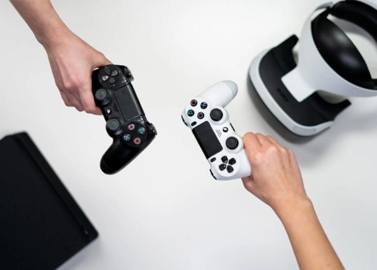 Tinejdžeri treba da koriste u rekreativne svrhe internet i video igre samo jedan sat dnevno